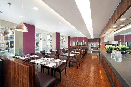 Lancaster London: Island Grill