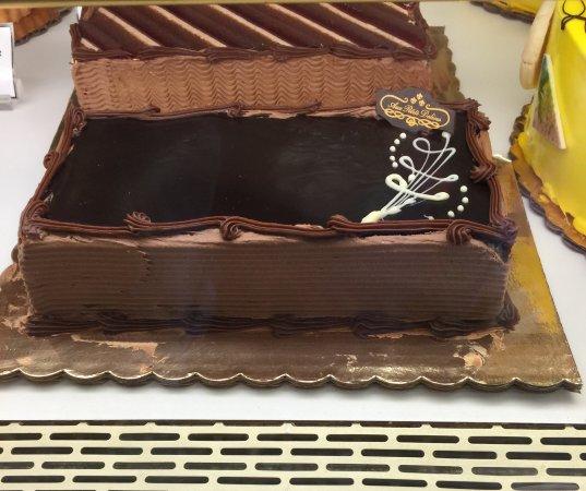 Wayne, PA: Opera cake