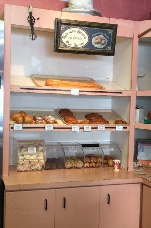 Wayne, PA: Baguettes, croissants