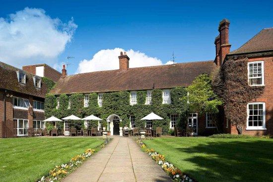 Mercure Farnham Bush Hotel
