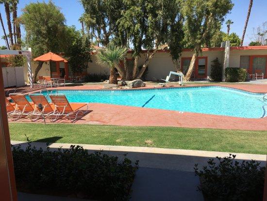 Mojave Resort: photo2.jpg