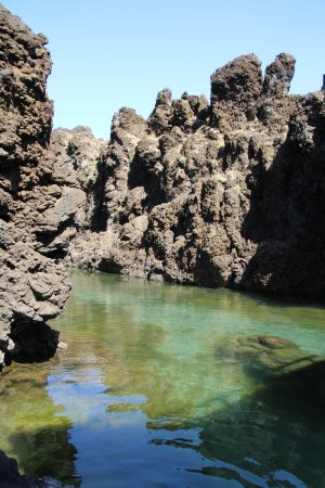 Natural Swimming Pool, Porto Moniz
