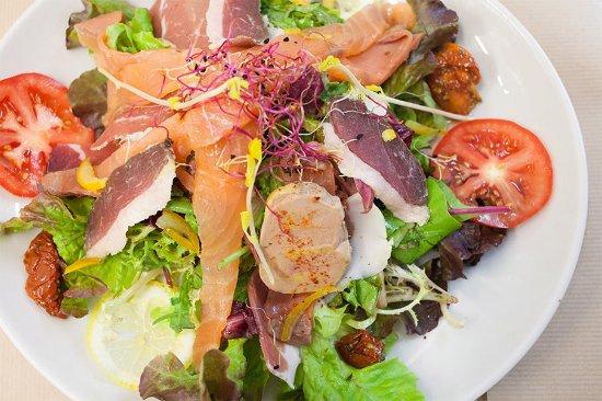 Boulogne-sur-Gesse, Francia: Salade Bigourdane