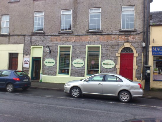 Ballinrobe, Irland: Opposite the cafe