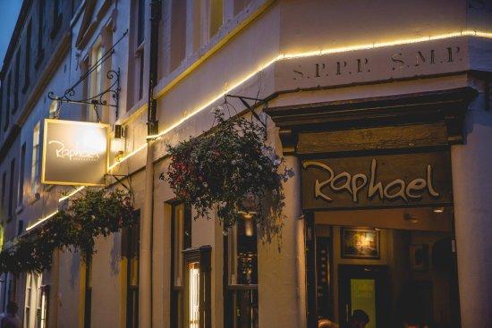 Raphael Restaurant: Raphael