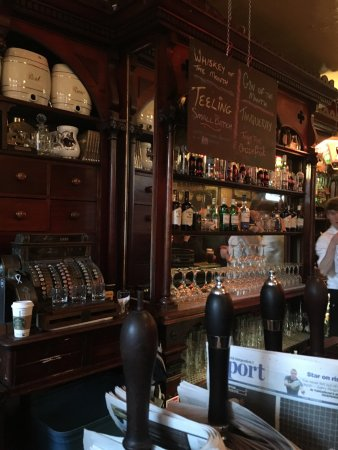 Kehoe's: Prefect location , with prefect Guinness