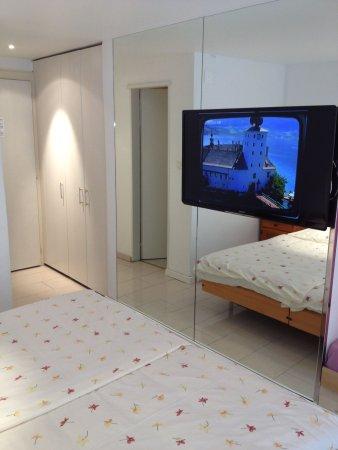 Zweisimmen, Zwitserland: Standard room
