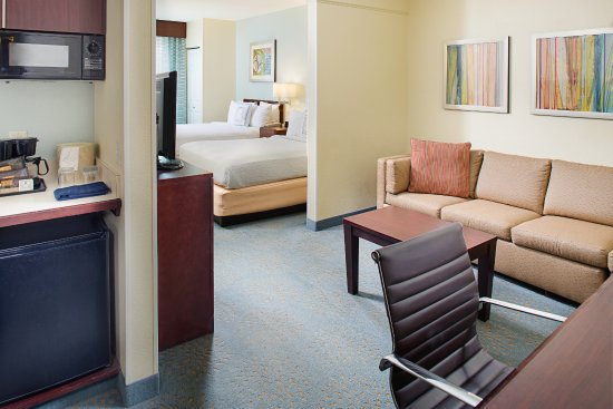 SpringHill Suites Manchester-Boston Regional Airport: Double Bed Suite