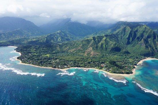 Mauna Loa Helicopters Tours: Coast