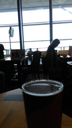 Stansted Mountfitchet, UK : a pint with a view