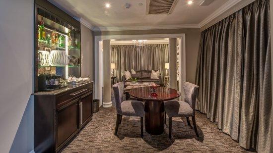 Kempton Park, Sydafrika: Suite Dining area