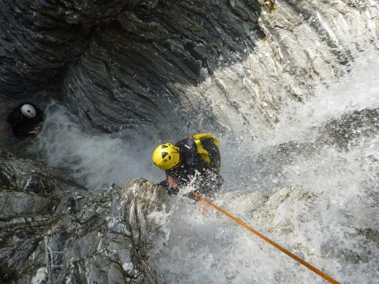 Zafferana Etnea, Italien: Canyoning