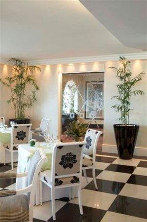 The Marine Hermanus: The Pavilion Restaurant