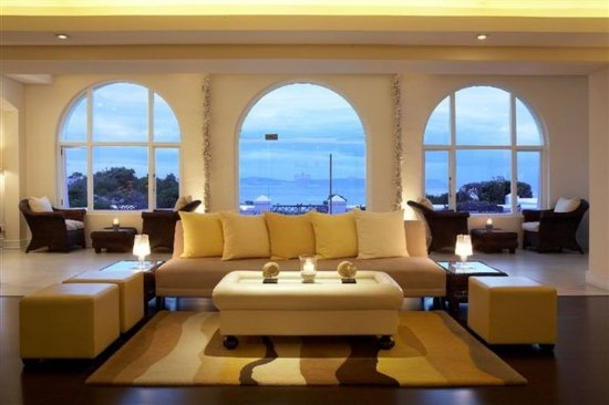 The Marine Hermanus: Sun Lounge