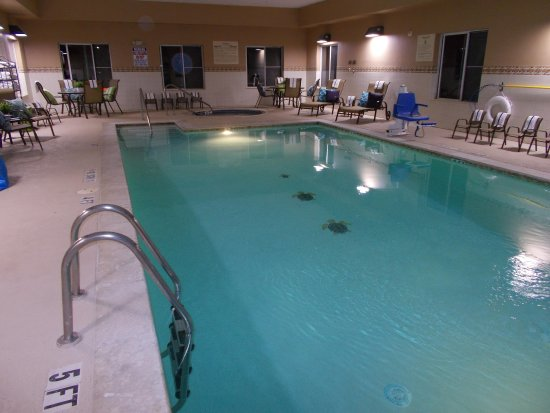 Hampton Inn & Suites Lubbock Southwest: Heated Indoor Pool