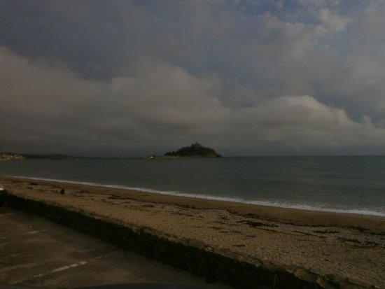 St Michael's Bed & Breakfast: St Michael's Mount, just a short distance from the B&B