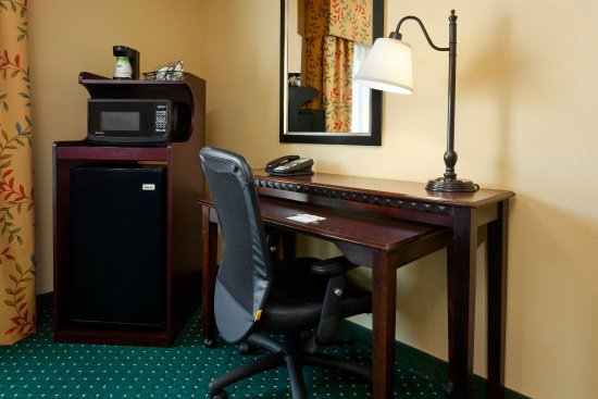 Manchester, CT: Work Station and Amenities