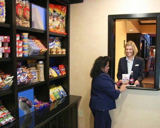 Hampton Inn & Suites Waco South: Suite Shop