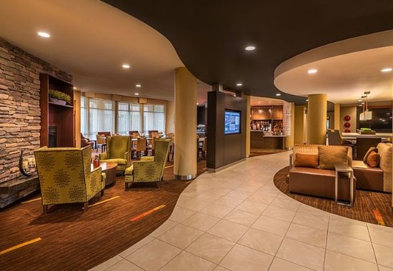 Carson City, نيفادا: GoBoard® & Lobby Seating Area