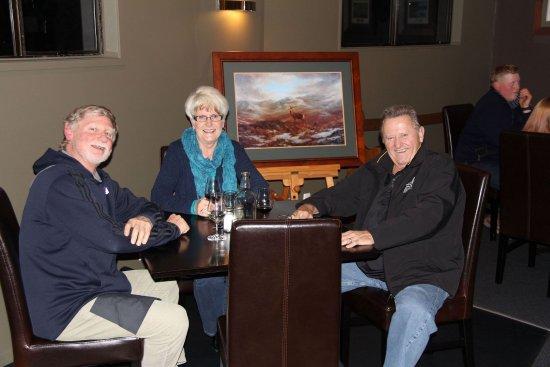 Turangi, Selandia Baru: Restaurant & bar