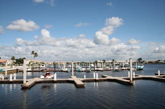Port of the Islands Everglades - Adventure Resort: Boat Slips