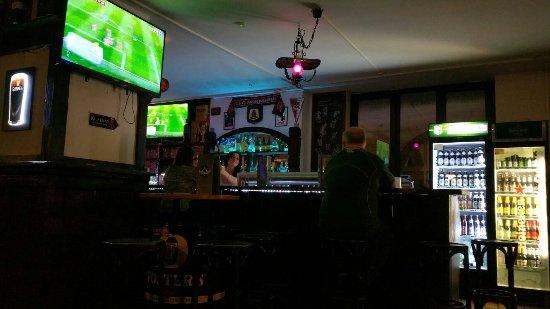 Dubliner Irish Pub: 20160919_201840_large.jpg