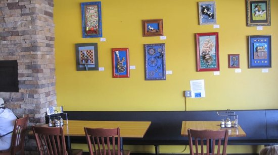 Wheat Ridge, CO: Right Coast Pizza - interior