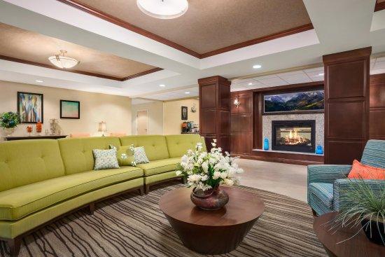 Homewood Suites by Hilton Denver Littleton: Lobby Seating Area