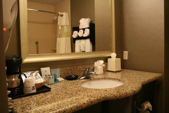 Poway, كاليفورنيا: Bathroom Vanity
