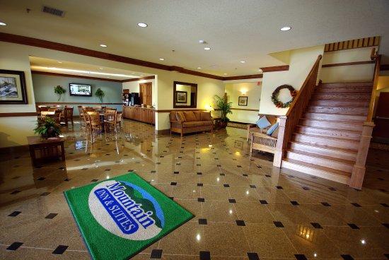 Mountain Inn & Suites Airport: IMGP