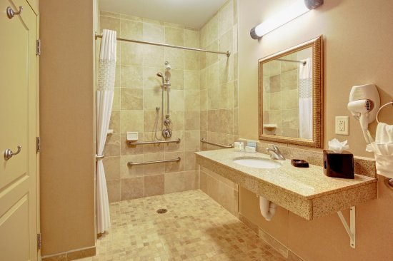 Alexandria, MN: Roll-in Shower
