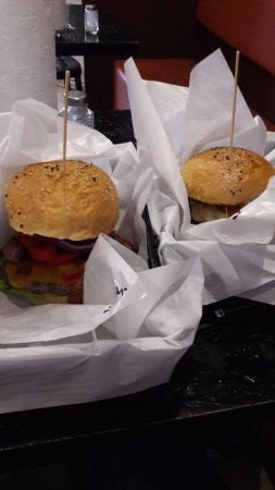 Burger Ltd: burgery maj 2016 :)