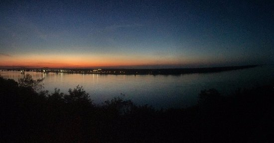 Sunset view from Bluff Park, Natchez,MS