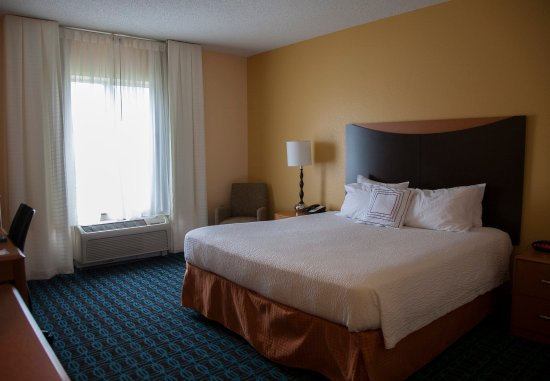Bedford, PA: King Guest Room