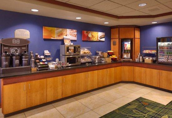 Laramie, WY: Breakfast Buffet