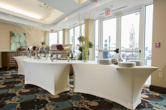 Hilton Garden Inn Dulles North: PreFunction Buffet
