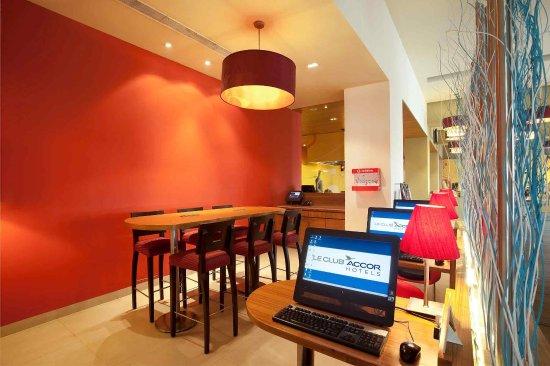 Ibis Gurgaon: Meeting Room
