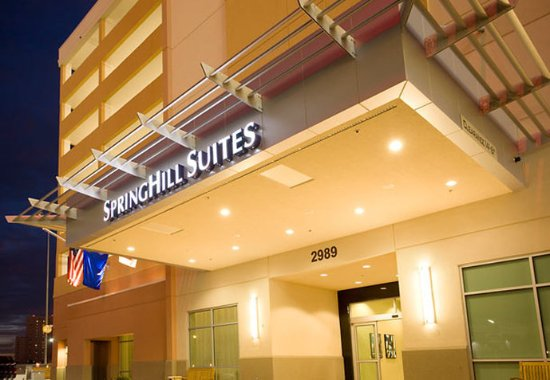SpringHill Suites Las Vegas Convention Center: Entrance