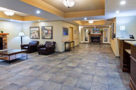 Courtenay, Canadá: Hotel Lobby