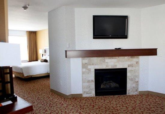 Logan, UT: Whirlpool Suite Living Area