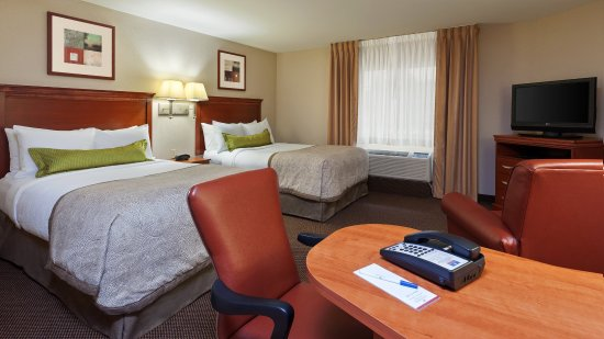 West Reading, PA: Two double bed Standard Suite