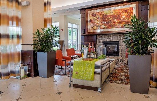 Berkeley, MO: Hotel Lobby