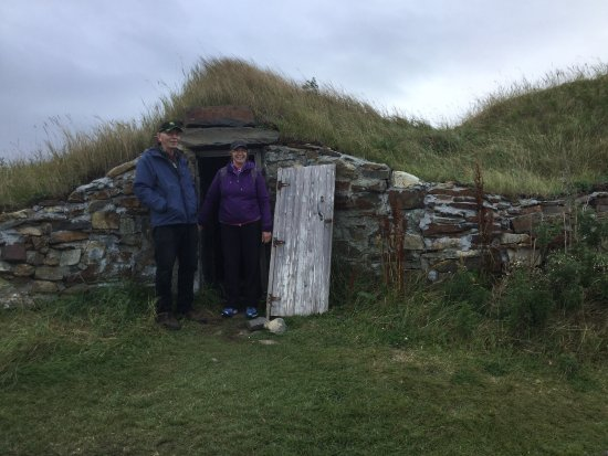 Elliston, Canada: Meems around