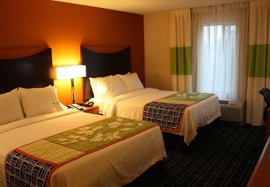 Morgantown, فرجينيا الغربية: Queen/Queen Guest Room