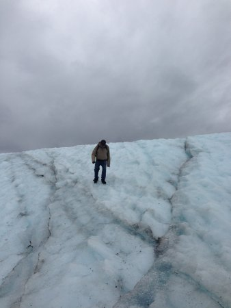 McCarthy, AK: Hiking Root Glacier in Kennecott