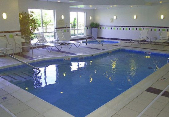 Seymour, Ιντιάνα: Indoor Pool & Spa