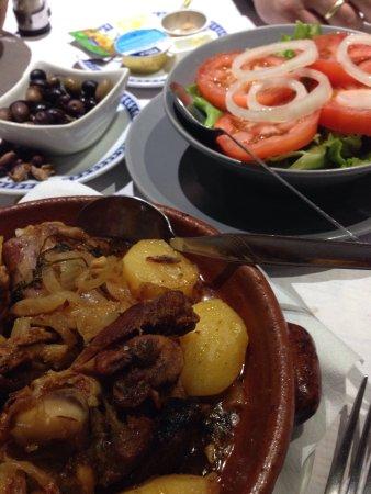 Vila Vicosa, Portugal: Lams uit de oven ( borrega do campo)