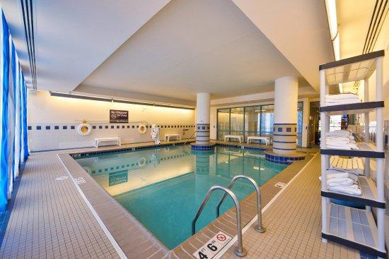 Hampton Inn Virginia Beach-Oceanfront South: Indoor Pool
