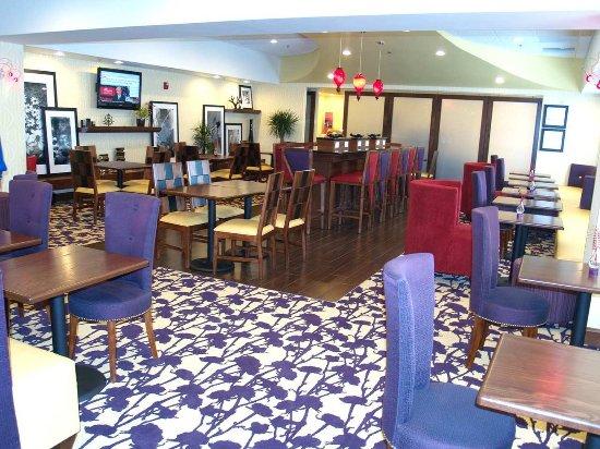 Sandston, VA: Mix & Match Lobby
