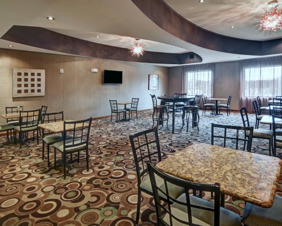 Comfort Suites Near Northeast Mall: TXBBKFST